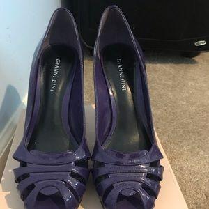 Gianni Bini open toe purple heels